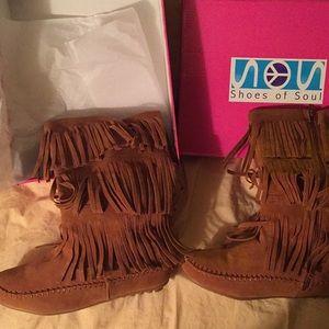 Size 7 Faux Suede Boots.